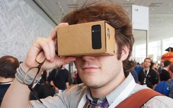 """Google 玩的""""纸盒子"""",被厂商做虚拟现实的样本了"""